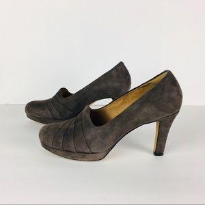 ae1dcb1ac1de Clarks Shoes - Clark s Artisan Gray Delsie Joy Heels size 8.5